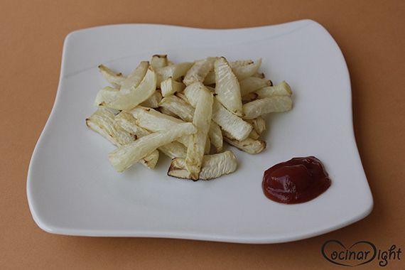 patatas fritas de nabo al horno