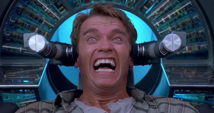 10 Crazy Movie Clues That You Shockingly Missed