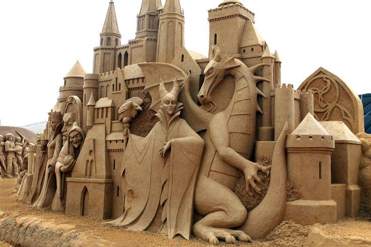 Esta super-feroz celebración a los villanos de Disney. | 21 Esculturas de arena que te dejarán la boca abierta