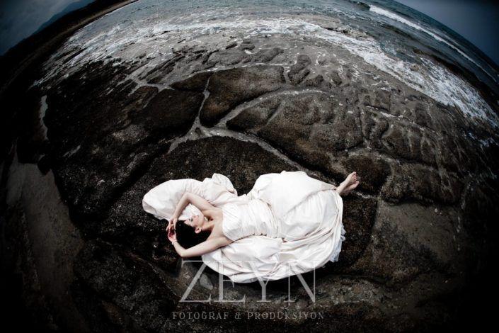 En güzel Gelin Fotoğrafları ve Düğün Fotoğrafçısı Zeyn Prodüksiyon tarafından çekilen diğer Düğün Fotoğrafları için http://zeynproduksiyon.com adresini ziyaret edebilirsiniz