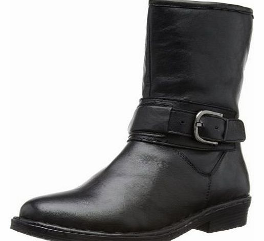 Lotus Womens Matterhorn Boots 40022 Black 6.5 UK, 40 EU Lotus Matterhorn gives the option of wearing the top up straight or folded down showing the warm lining, that along with the detail buckled strap adds to the appeal of th (Barcode EAN = 5052710135836) http://www.comparestoreprices.co.uk/ladies-boots/lotus-womens-matterhorn-boots-40022-black-6-5-uk-40-eu.asp