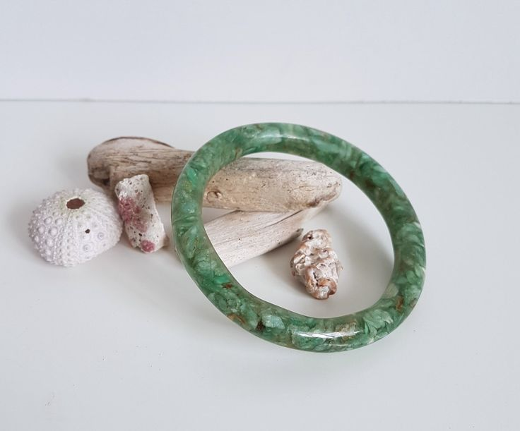 Vintage Bangle, Green Confetti Resin Bangle with Shell Pieces, Bracelet by RetroEnvy21 on Etsy