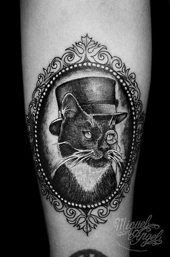 Cat w/ monocle, top hat and cameo frame custom tattoo