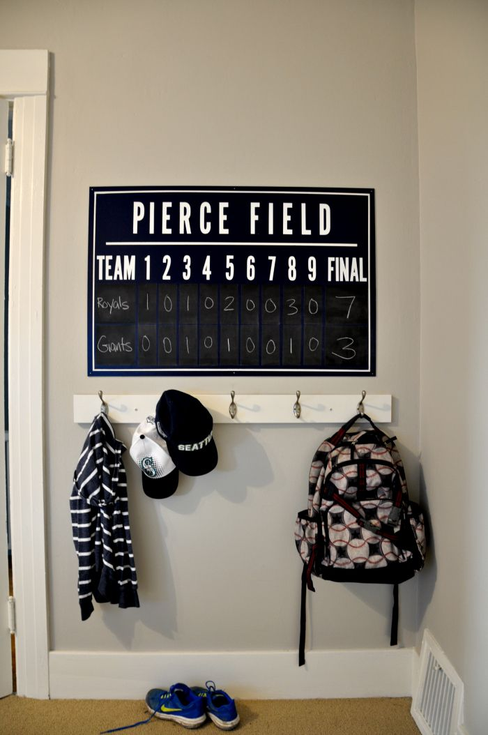 One Room Challenge: DIY Baseball Scoreboard- personalize with your family's last name!