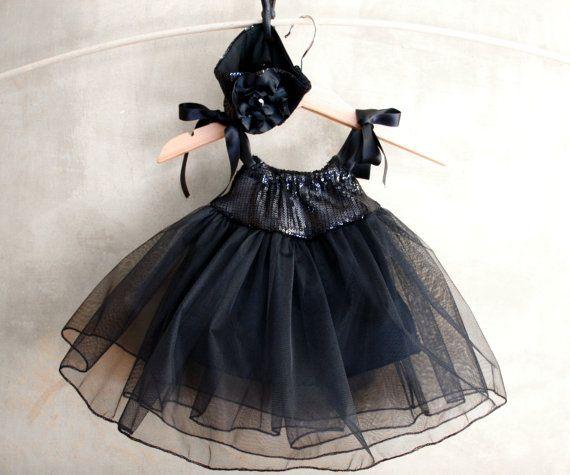 BABY WITCH COSTUME, 2 pc set, headband and tutu, size newborn up to 2T, Baby costume, toddler costume, girl halloween costume
