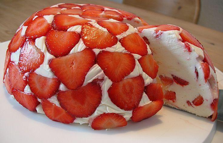 Erdbeer - Bombe, ein gutes Rezept aus der Kategorie Dessert. Bewertungen: 19. Durchschnitt: Ø 4,1.