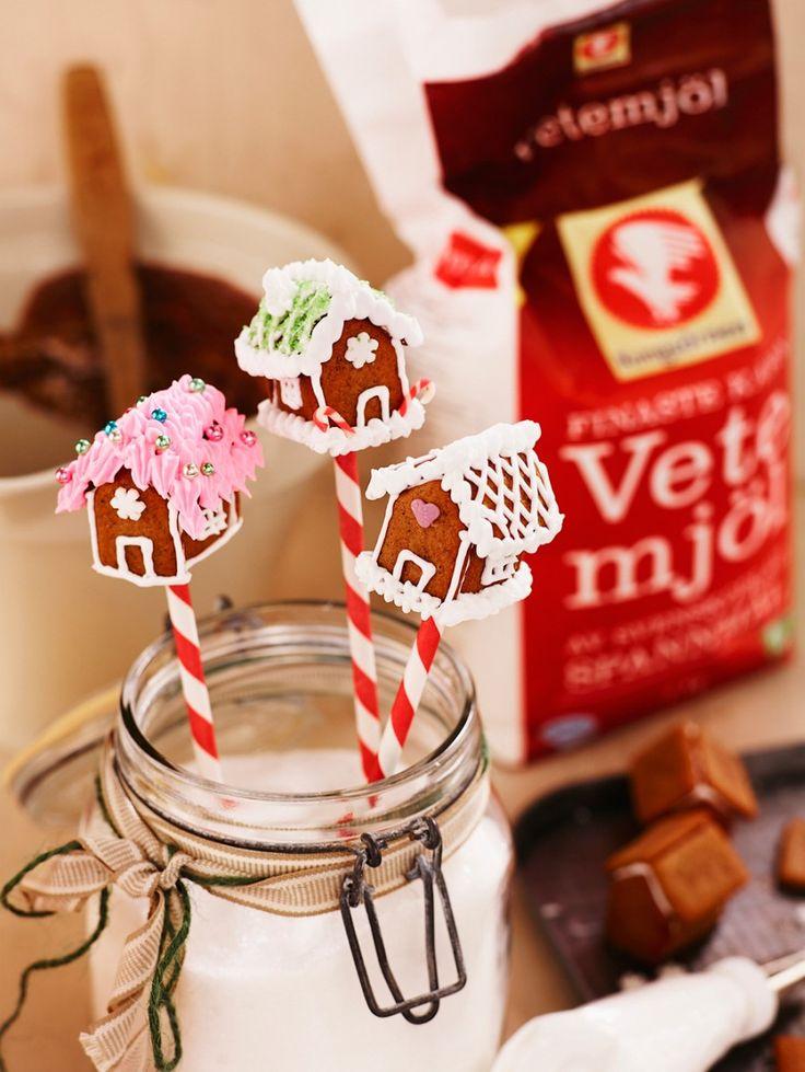 Baka pepparkakshus i miniatyr