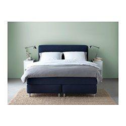 IKEA - MJÖLVIK, Boxspringbett, 180x200 cm, Hövåg fest/Tuddal blau, , Gemütlich ins Bett kuscheln mit einer Tasse Tee und einem Buch ... Lehn dich an das weich gepolsterte Kopfteil in der beruhigenden Gewissheit, dass die Bezüge leicht abzunehmen und waschbar sind.Hochelastischer Kaltschaum in der Matratzenauflage wirkt druckentlastend und sorgt für eine festere Liegeoberfläche.Eine extrastarke Schicht aus Komfortmaterial in der Matratze sorgt für ein angenehmes Liegegefühl.Die einzeln…