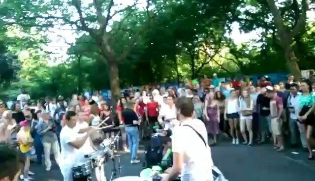 Watch how these couple of guys get everyone off their feet on the street �� watch till the end :) #BerlinDiaries #StreetPerformance . . . . . . . . #Berlin #Street #StreetPerformer #Band #Drums #Music #Fest #BeerFest #FavouriteCity #MissIt #Germany #Deutschland #Artists #Wander #Travel #MusicLover #Beats #MusicLove http://tipsrazzi.com/ipost/1507733618297687360/?code=BTsi7zOjE1A
