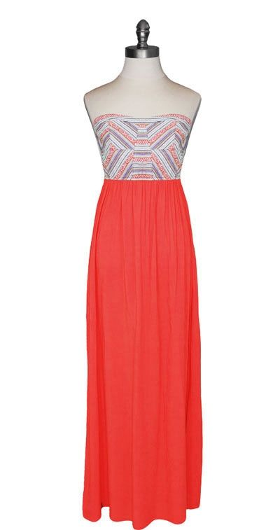 love a good maxi dress.  lovely details.