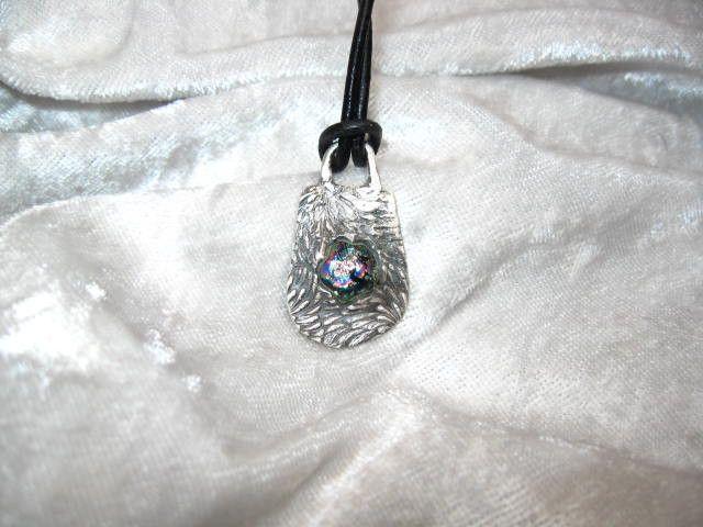 Silberanhänger - Toller Anhänger aus 999er Silber mit Dichro Caboch - ein…