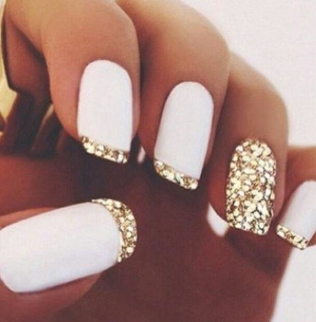 I LOVE this cute nail idea. I'm going to get my nails done today and i might get this...what do you guys think