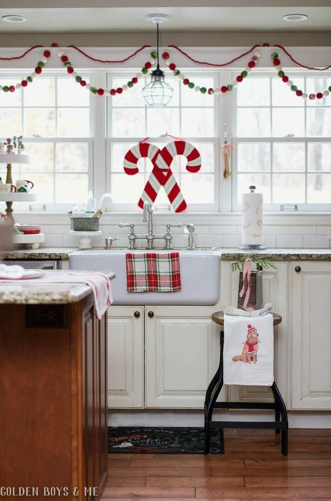 1000 Ideas About Christmas Kitchen On Pinterest Christmas Christmas Home And Cottage Christmas