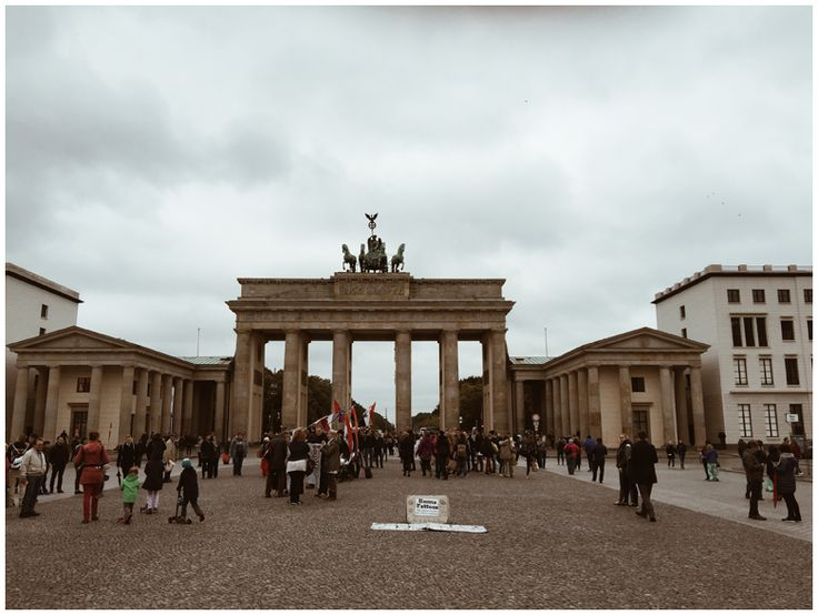JUNE GOLD | Travel Diary Berlin - Brandenburger Tor