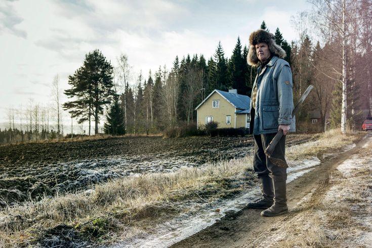 """Wramach rozgrzewki przedrozpoczynającym się właśnie krakowskim świętem taniego kina – czyli poprostu filmowymi wakacjami wARSie iKinie podBaranami – atakże wramach zmyślonego napoczekaniu cyklu """"Fiński A2.1.1 poleca"""" przedPaństwem fińska produkcja z2014 roku Stary człowiek imoże. Film Dome Karukoskiego napierwszy rzut oka jest historią ozrzędliwym staruszku, którynie dość, żewszystko zawsze musi mieć poswojemu, tojeszcze jest typowym Finem …"""