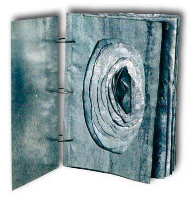 Andrea Baeza Gamboa: Ejemplos Libro de Artista