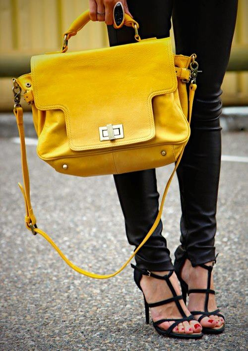 I have a thing for yellow purses and bags :)