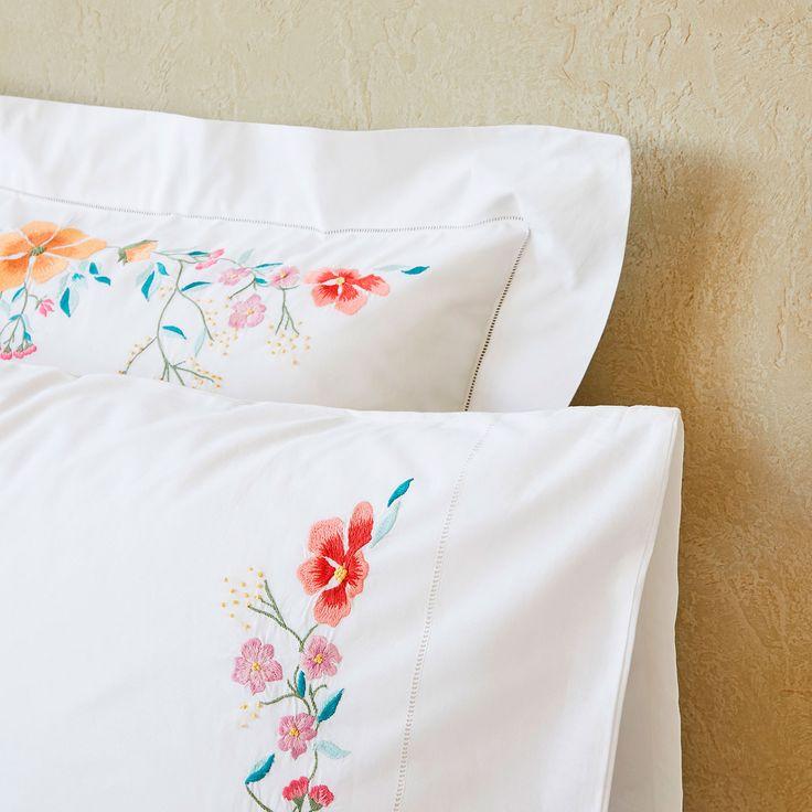 Imagen 4 del producto Funda de almohada con bordado floral multicolor