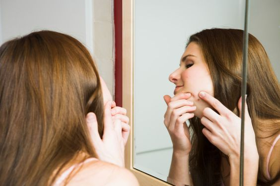 No acne cream in your medicine cabinet? No problem. Expert dermatologists reveal home remedies for pimples that really work. -- To view further for this item, visit the image link.