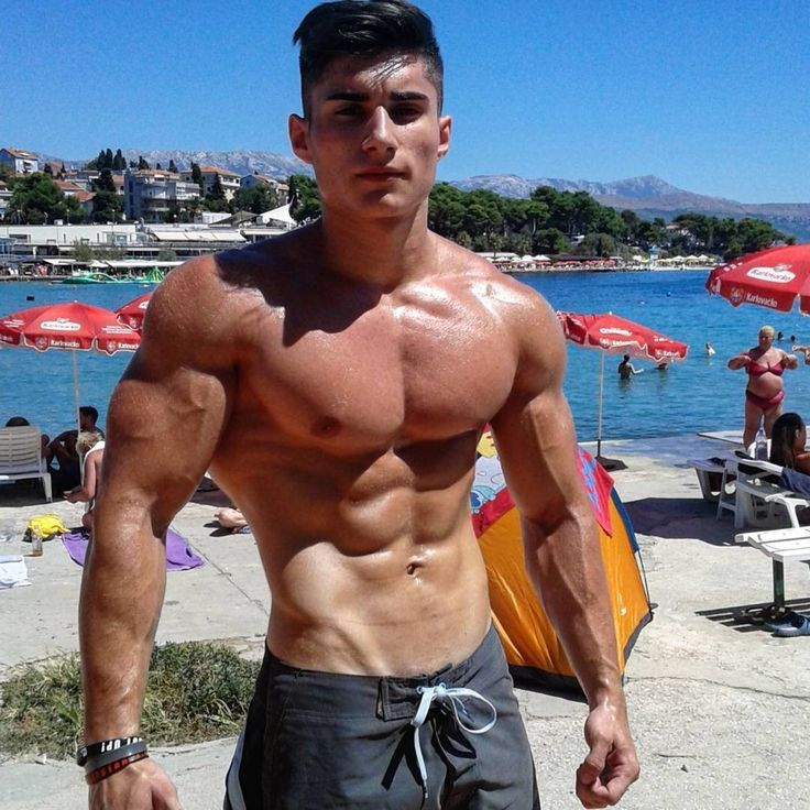 Best Sexy Muscle Hunk Stock Photos, Pictures & Royalty