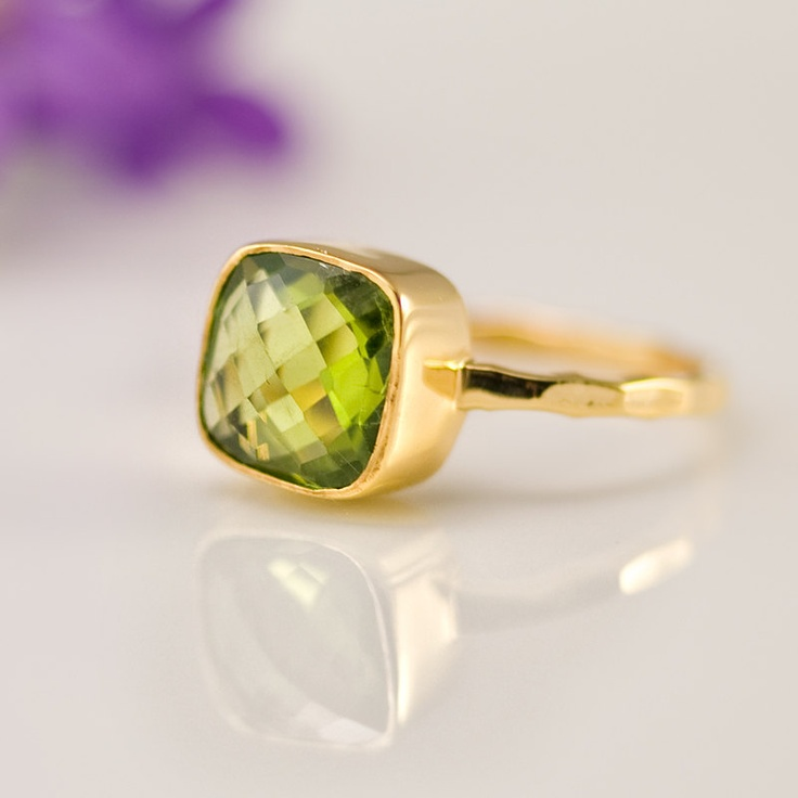 Love the color and the delicate design!: Peridots And Gold Rings, Peridots Rings, Cut Peridot, Cushions Cut, Bezel Rings, August Birthstones, Birthstones Rings, Gemstones Rings, Cushion Cut