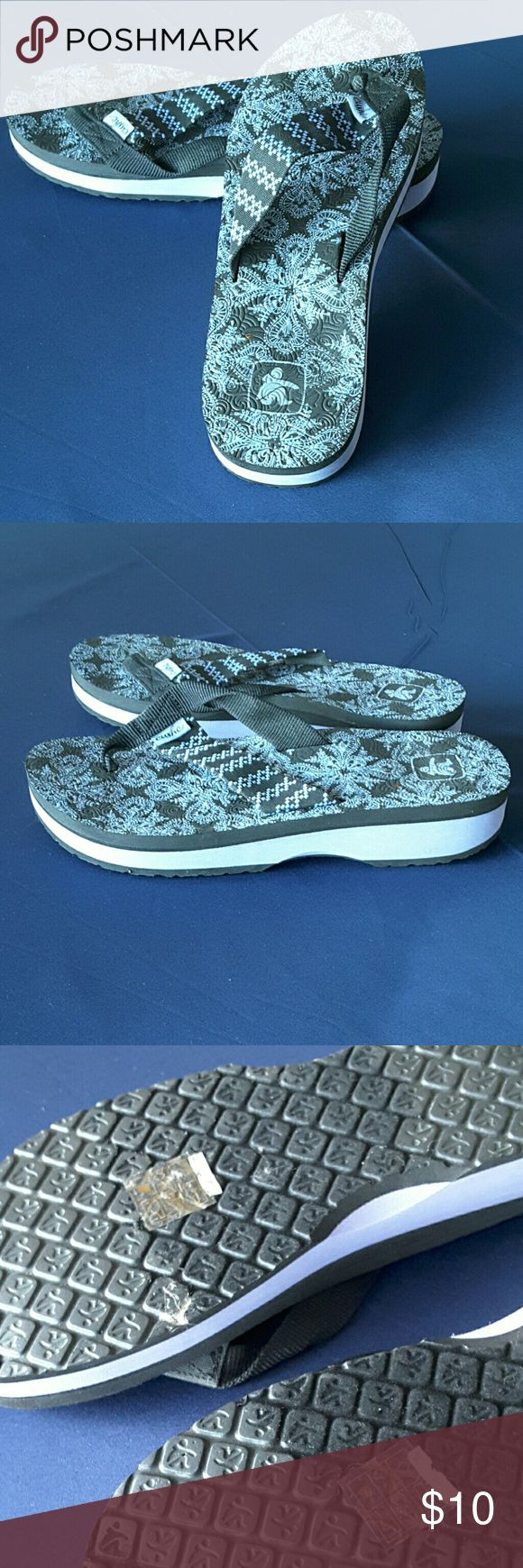 Lavender sandals shoes - Cushe Flip Flops Black Lavender Like New Condition Cushe Shoes Sandals