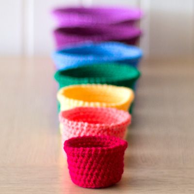 Crochet Rainbow Nesting Baskets — Tutorial