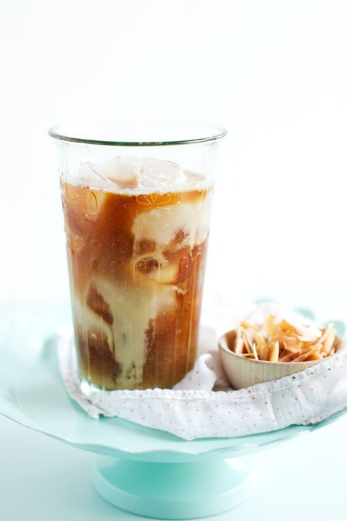 Toasted Coconut & Rum Iced Coffee | hungrygirlporvida.com