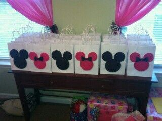 Minnie Mouse Gift Bags For The Kids To Fill With Sweets And Treats From Candy Bar Table Astons First Birthday Ideas Pinterest