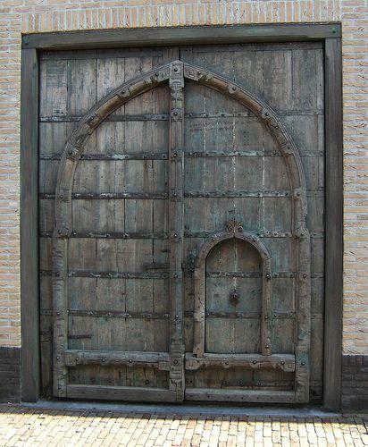 Door in Door                                   Taken in Den Burg (Texel NL)