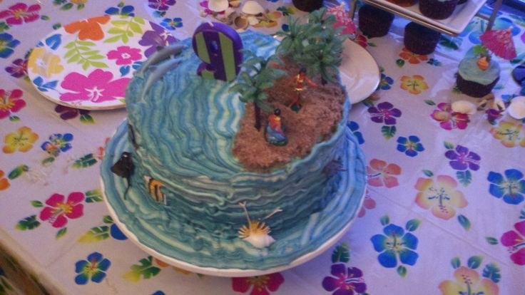 luau birthday cake  #SweetSweetJules