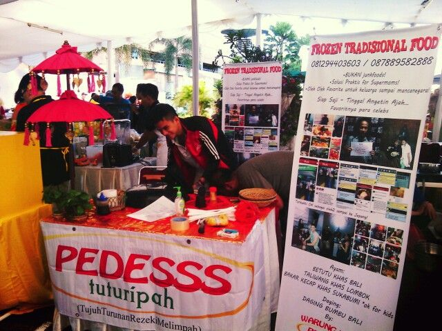Warung Nasi PEDESSS Tuturipah di booth stand Bintaro Festival tgl 23-24 November 2013 pkl.09-20.00WIB di Gd. CIMB NIAGA sektor 7