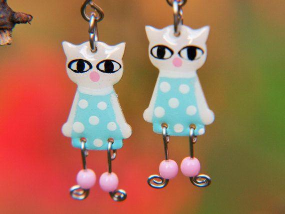 Dangle cat earrings by #CinkyLinky