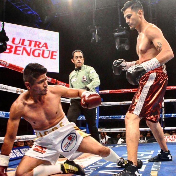Victoria numero dos para el ex Olympico Mexicano 🇲🇽 Con todo @lindolfodelgado el trabajo sigue #Boxeo #Boxing