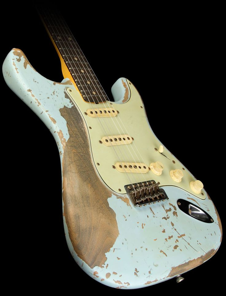 Fender Custom Shop Exclusive Masterbuilt '60 Stratocaster Ultimate Relic Electric Guitar Sonic Blue | The Music Zoo