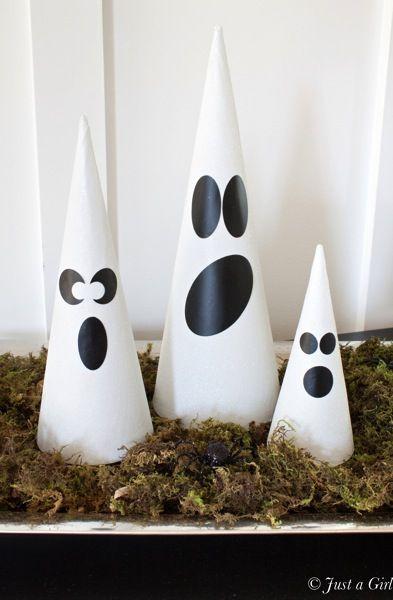 Halloween ghosts craft.jpg