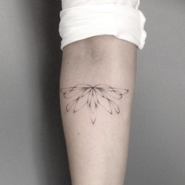 handpoked for isabell books open, lara@cocoschwarz.com  check out @cocoschwarz  #handpoked #tattoo #lotus #lotustattoo #flower #flowertattoo #sticknpoke #vegantattoo #handpoke #dotwork #stickandpoke #pointillism #veganink #tattoohamburg #cocoschwarz #laramaju #Equilattera #inkstinctsubmission #blackworkers #blackworkerssubmission #btattooing #tattoolookbook #darkartists #handpokegermany #hamburgtattoo #tattoohamburg #love #peace #hamburg