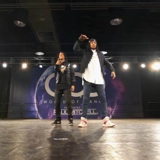 Want to see this choreo one more time! [Pt.2] #WorldofDance  Song: Legend Da Beatslaya - IBreakBeats   Video YT - Les Twins WOD LA 2016   Event: World of Dance 16 By Paul Mitchell  #CypherChallenge