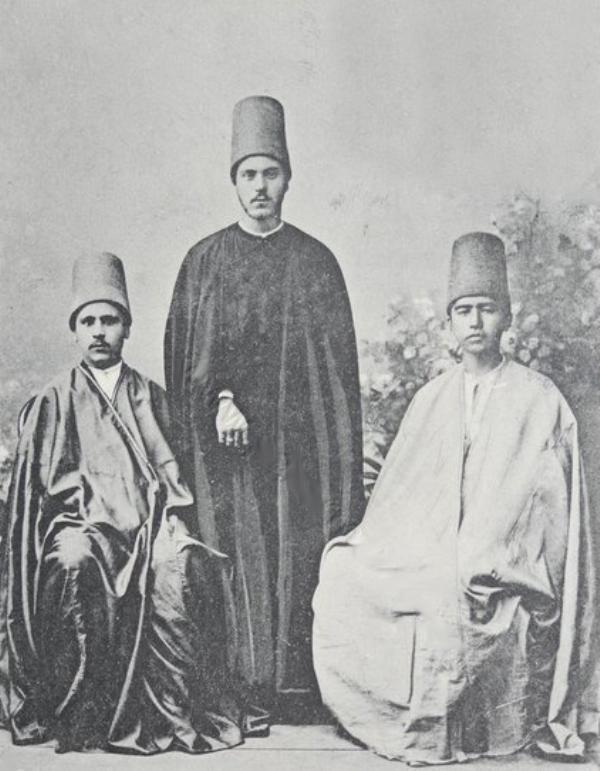[Ottoman Empire] Mawlawi Dervishes, Istanbul, 1900s (Osmanlı Mevlevi Dervişleri, İstanbul, 1900'lar)