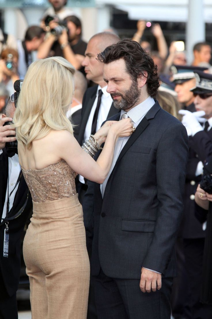 rachel mcadams and michael sheen. just the way he looks at her, what a gaze, wow!