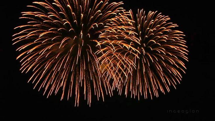 """Happy New Year 2016 Fireworks - Frohes Neues Jahr [HD]  Nätverket """"Trolla dig synlig"""" är ett spännande nätverk. Två inpirerade eldsjälar är guider till allt, som ska beröra nätverket.  Titta gärna på nätverkets hemsida  på Facebook: https://www.facebook.com/groups/ 175723006114105/  Observera att dessa två textrader  """"https://www.facebook.com"""" och """"/groups175723006114105"""" tillhör adressen till nätverkets hemsida  på Facebook!"""