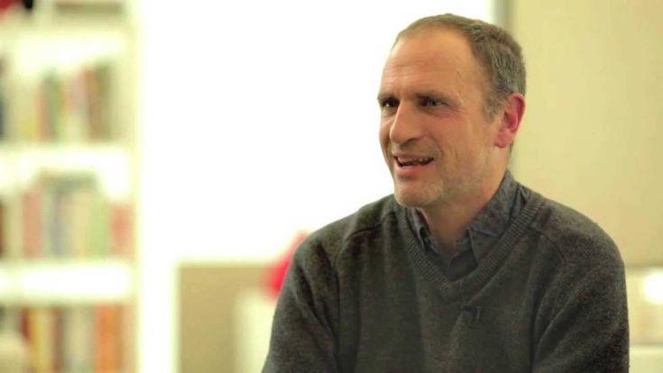 Javier Saez Castán, en un fotograma extraído de Youtube de una entrevista de Canal Lector.