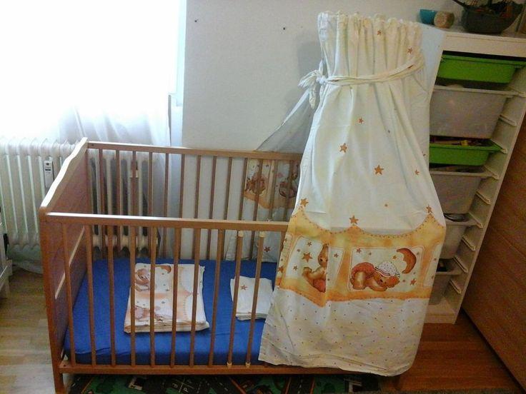 Schoenes Kinderbett im Komplettset