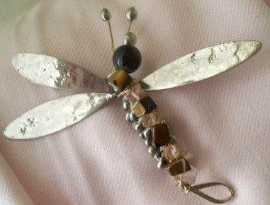 Libelulla Brooch Dragonfly Mystic Fly by JirjiMirjiOneofaKind, €58.30