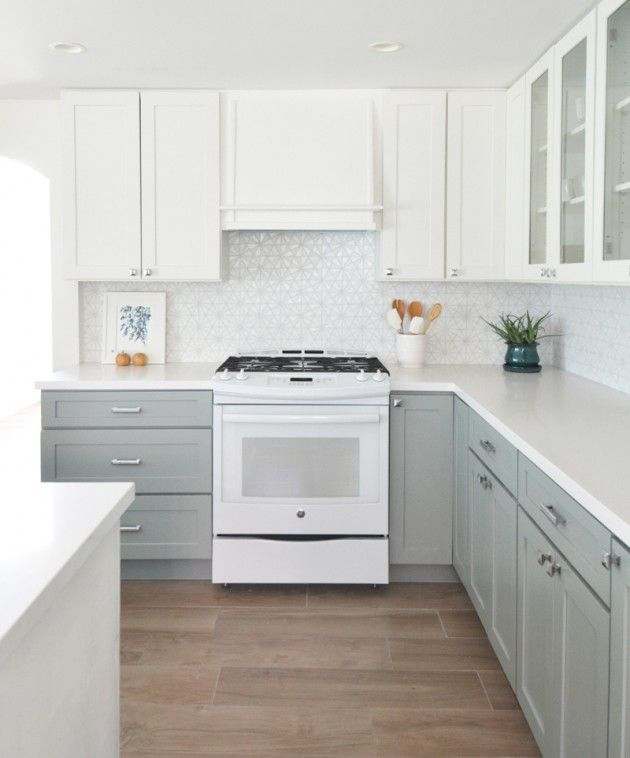 Kitchen Cabinets Grey Lower White Upper: The Beauty Of Quartz In Bathrooms And Kitchens