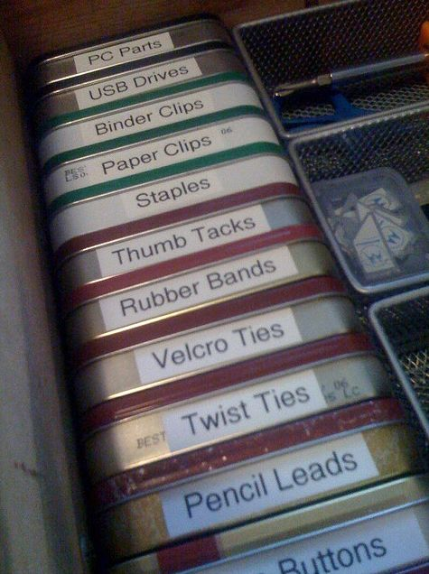 Genius: Altoid tins desk or drawer organization--oh if I could be so organized!: Organizations Ideas, Than, Junk Drawers, Storage Bins, Labels Maker, Great Ideas, Altoids Tins, Drawers Organizations, Offices Supplies