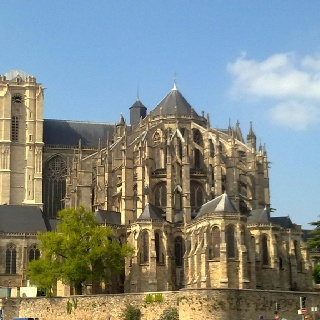 Cathedrale Saint Julien, Le Mans, France - I lived in LeMans -- on this same street, in fact -- for 4 months during the summer of 1981. I loved this view then, and once captured the sound of the bells ringing the hour on a cassette tape I sent home to Ohio.