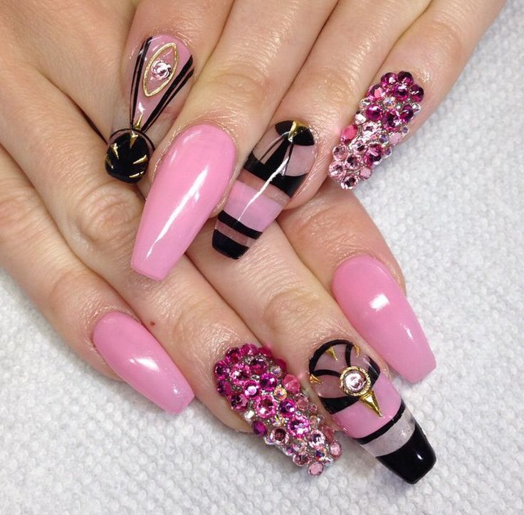 Nail shape is way too long and pointy but I love the sheer, black and pink combination on the ring finger.