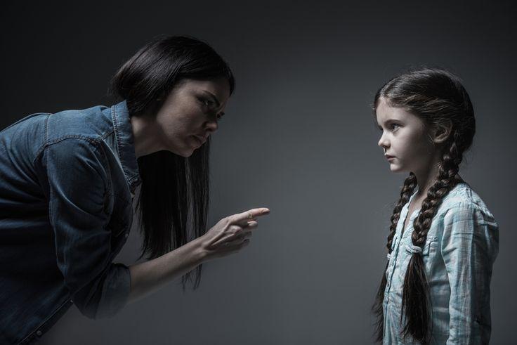 — Как вам удалось воспитать такого прекрасного, послушного ребенка?— Все просто: насилие, угрозы, шантаж, манипуляции.(анекдот из интернета) Полагаю, вынесенную в заголовок фразу вы...