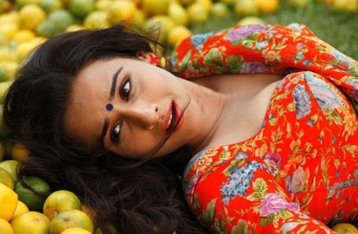 Vidya Balan - www.ciniface.com
